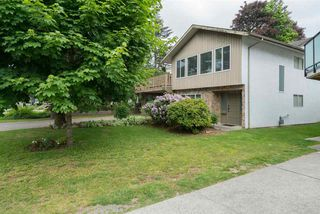 Photo 1: 2590 SPRINGHILL Street in Abbotsford: Abbotsford West House for sale : MLS®# R2269802