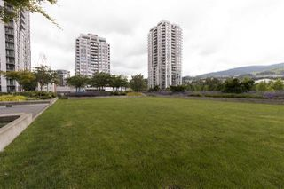 "Photo 18: 1101 3007 GLEN Drive in Coquitlam: North Coquitlam Condo for sale in ""Evergreen by Bosa"" : MLS®# R2276119"