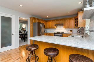"""Photo 10: 20735 97B Avenue in Langley: Walnut Grove House for sale in """"Munday Creek"""" : MLS®# R2279543"""
