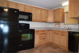 Photo 8: 4 DELTA Crescent in St Clements: Pineridge Trailer Park Residential for sale (R02)  : MLS®# 1818018