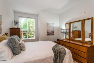 "Photo 17: 116 3205 MOUNTAIN Highway in North Vancouver: Lynn Valley Condo for sale in ""Millhouse"" : MLS®# R2295098"
