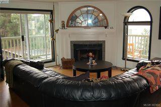 Photo 5: 301 720 Vancouver Street in VICTORIA: Vi Fairfield West Condo Apartment for sale (Victoria)  : MLS®# 397484