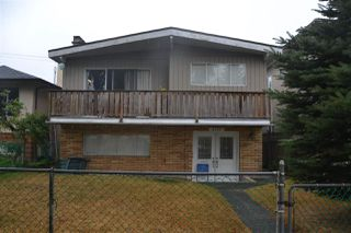 Photo 1: 6547 NANAIMO Street in Vancouver: Killarney VE House for sale (Vancouver East)  : MLS®# R2300811