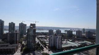 "Photo 3: 1702 121 TENTH Street in New Westminster: Uptown NW Condo for sale in ""VISTA ROYALE"" : MLS®# R2300815"