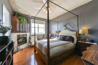 Photo 3: 503 10728 82 Avenue in Edmonton: Zone 15 Condo for sale : MLS®# E4133558