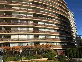 "Photo 2: 801 2135 ARGYLE Avenue in West Vancouver: Dundarave Condo for sale in ""THE CRESCENT"" : MLS®# R2320802"