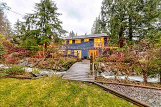 Photo 2: 4685 RAMSAY Road in North Vancouver: Lynn Valley House for sale : MLS®# R2327817