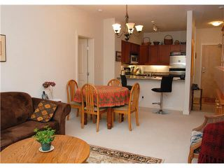 "Photo 5: 105 625 PARK Crescent in New Westminster: GlenBrooke North Condo for sale in ""WESTHAVEN"" : MLS®# R2328658"