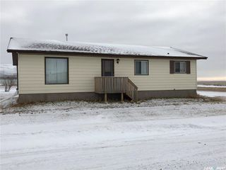 Photo 1: 117 Railway Avenue in Prelate: Residential for sale : MLS®# SK755831