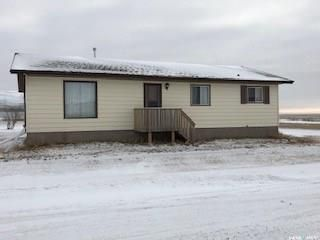 Photo 2: 117 Railway Avenue in Prelate: Residential for sale : MLS®# SK755831