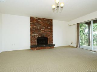 Photo 13: 3715 Doncaster Dr in VICTORIA: SE Cedar Hill Single Family Detached for sale (Saanich East)  : MLS®# 805156