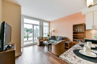 """Photo 7: 402 55 EIGHTH Avenue in New Westminster: GlenBrooke North Condo for sale in """"Eight West"""" : MLS®# R2345273"""
