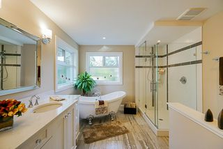 "Photo 14: 13074 15 Avenue in Surrey: Crescent Bch Ocean Pk. House for sale in ""OCEAN PARK"" (South Surrey White Rock)  : MLS®# R2345513"