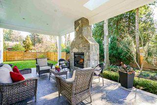 "Photo 4: 13074 15 Avenue in Surrey: Crescent Bch Ocean Pk. House for sale in ""OCEAN PARK"" (South Surrey White Rock)  : MLS®# R2345513"