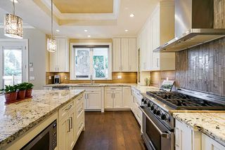 "Photo 11: 13074 15 Avenue in Surrey: Crescent Bch Ocean Pk. House for sale in ""OCEAN PARK"" (South Surrey White Rock)  : MLS®# R2345513"