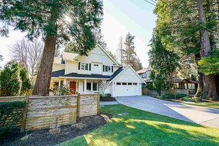 "Photo 2: 13074 15 Avenue in Surrey: Crescent Bch Ocean Pk. House for sale in ""OCEAN PARK"" (South Surrey White Rock)  : MLS®# R2345513"