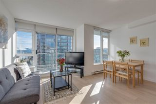 "Photo 5: 2002 821 CAMBIE Street in Vancouver: Downtown VW Condo for sale in ""Raffles"" (Vancouver West)  : MLS®# R2358004"
