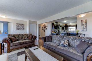 Photo 4: 5512 101 Avenue in Edmonton: Zone 19 House for sale : MLS®# E4156785