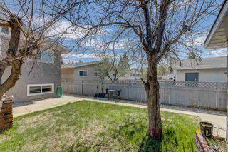 Photo 4: 10532 151 Street in Edmonton: Zone 21 House Half Duplex for sale : MLS®# E4156886