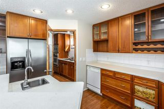 Photo 11: 4323 151 Avenue in Edmonton: Zone 02 House for sale : MLS®# E4157716