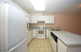 "Photo 4: 206 2388 WELCHER Avenue in Port Coquitlam: Central Pt Coquitlam Condo for sale in ""PARK GREEN"" : MLS®# R2375539"