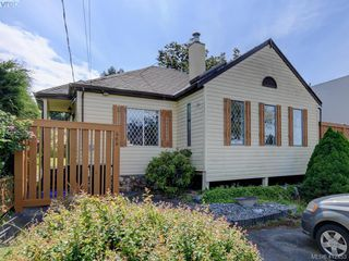 Photo 1: 469 Sturdee Street in VICTORIA: Es Esquimalt Single Family Detached for sale (Esquimalt)  : MLS®# 412453