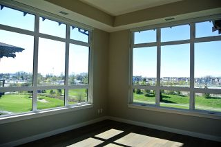 Photo 2: 409 4977 SPRINGS Boulevard in Delta: Cliff Drive Condo for sale (Tsawwassen)  : MLS®# R2383740