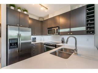 Photo 5: 322 5655 210A Street in Langley: Salmon River Condo for sale : MLS®# R2384803