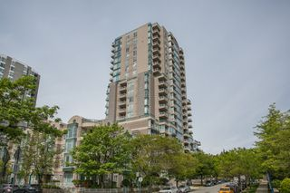 "Photo 19: 1405 5189 GASTON Street in Vancouver: Collingwood VE Condo for sale in ""MACGREGOR"" (Vancouver East)  : MLS®# R2385676"