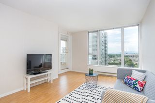 "Photo 2: 1405 5189 GASTON Street in Vancouver: Collingwood VE Condo for sale in ""MACGREGOR"" (Vancouver East)  : MLS®# R2385676"