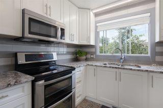 Photo 10: 9803 156 Avenue in Edmonton: Zone 27 House for sale : MLS®# E4166061