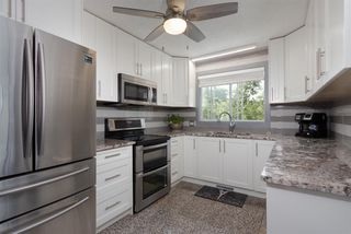 Photo 9: 9803 156 Avenue in Edmonton: Zone 27 House for sale : MLS®# E4166061