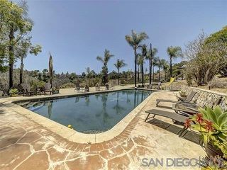 Photo 6: MOUNT HELIX House for sale : 5 bedrooms : 9200 Tropico Dr in La Mesa