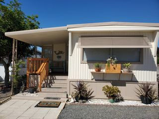Photo 2: OCEANSIDE Mobile Home for sale : 2 bedrooms : 3030 Oceanside Blvd #6