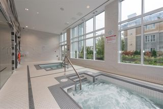 "Photo 19: 3003 4900 LENNOX Lane in Burnaby: Metrotown Condo for sale in ""THE PARK METROTOWN"" (Burnaby South)  : MLS®# R2418432"