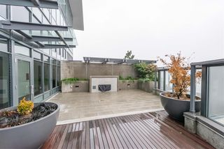 "Photo 20: 3003 4900 LENNOX Lane in Burnaby: Metrotown Condo for sale in ""THE PARK METROTOWN"" (Burnaby South)  : MLS®# R2418432"