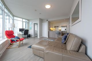"Photo 2: 3003 4900 LENNOX Lane in Burnaby: Metrotown Condo for sale in ""THE PARK METROTOWN"" (Burnaby South)  : MLS®# R2418432"