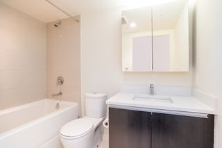 """Photo 10: 505 1009 HARWOOD Street in Vancouver: West End VW Condo for sale in """"Modern"""" (Vancouver West)  : MLS®# R2447430"""