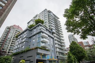 "Main Photo: 505 1009 HARWOOD Street in Vancouver: West End VW Condo for sale in ""Modern"" (Vancouver West)  : MLS®# R2447430"