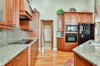 Photo 15: 77 Heritage Lake Boulevard: Heritage Pointe Detached for sale : MLS®# C4293516
