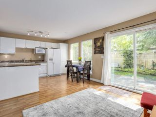 """Photo 8: 22 4748 54A Street in Delta: Delta Manor Townhouse for sale in """"ROSEWOOD"""" (Ladner)  : MLS®# R2452528"""