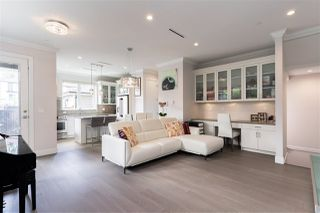 Photo 2: 1060 W 16TH Avenue in Vancouver: Shaughnessy Townhouse for sale (Vancouver West)  : MLS®# R2461478