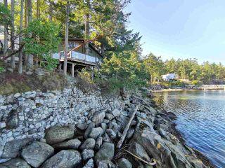 Photo 3: 578 ARBUTUS Drive: Mayne Island House for sale (Islands-Van. & Gulf)  : MLS®# R2504459