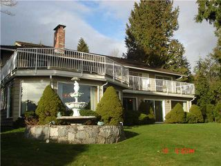 "Photo 3: 1402 CAMELOT Road in West Vancouver: Chartwell House for sale in ""Chartwell"" : MLS®# V875570"