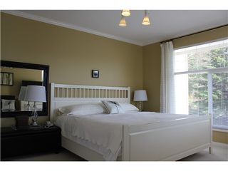 Photo 6: 8 MOSSOM CREEK Drive in Port Moody: North Shore Pt Moody House 1/2 Duplex for sale : MLS®# V882880