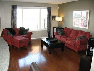 Photo 2: 99 Cloverwood Road in Winnipeg: Fort Garry / Whyte Ridge / St Norbert Residential for sale (South Winnipeg)  : MLS®# 1307070