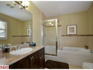 Photo 8: 19551 71 A Avenue in Surrey: House for sale : MLS®# F1224114