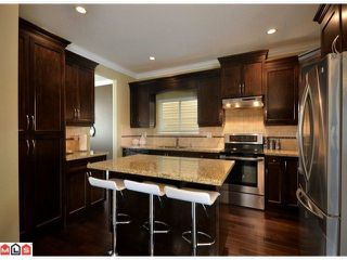 Photo 4: 19551 71 A Avenue in Surrey: House for sale : MLS®# F1224114