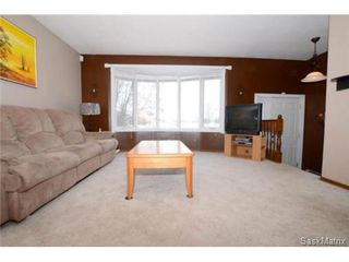 Photo 4: 2666 HOWELL Drive in Regina: Glencairn Village Single Family Dwelling for sale (Regina Area 04)  : MLS®# 488927