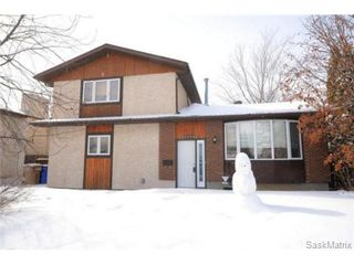 Photo 2: 2666 HOWELL Drive in Regina: Glencairn Village Single Family Dwelling for sale (Regina Area 04)  : MLS®# 488927
